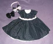 Ефектное черное платье