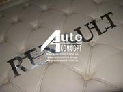 Декоративная накладка-надпись фирмы автомобил